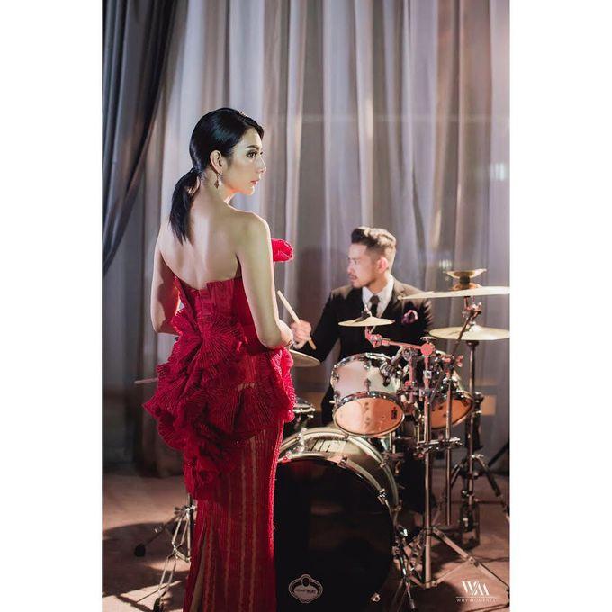 Mr Raden Soejono and Ms Tyas Mirasih Pre Wedding Photoshoot by Mondial Jeweler - 004