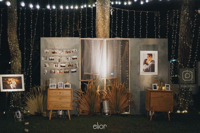The Intimate Wedding between Two Haters of Fresh Flowers by Elior Design - 024