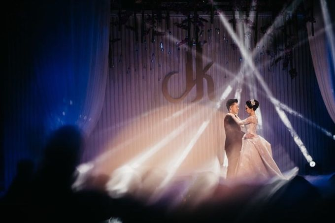 The Wedding of Dave & Katherine by Desmond Amos Entertainment - 005