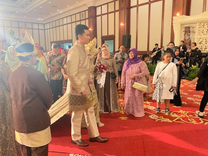 The Wedding of Fitra & Rivaldy by Desmond Amos Entertainment - 006