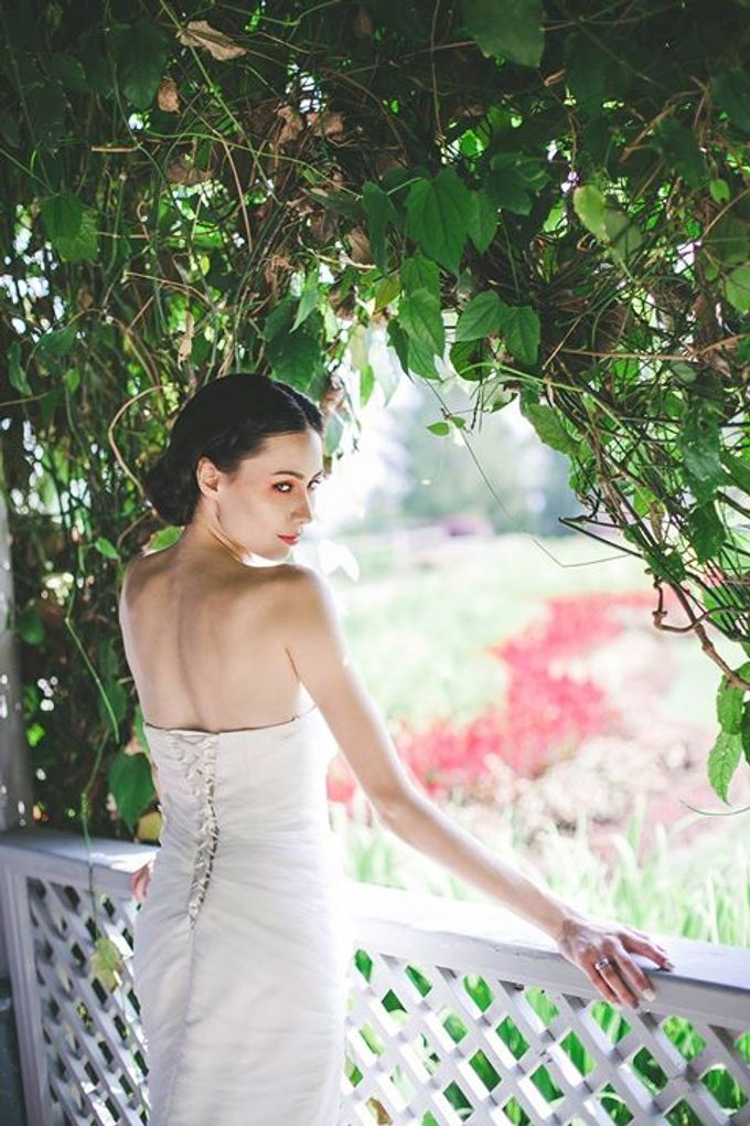 Emcee Couture 2016 Bridal Lookbook by Emcee Couture - 007
