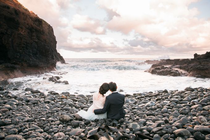 Beach engagement by Lena Lim Photography - 010