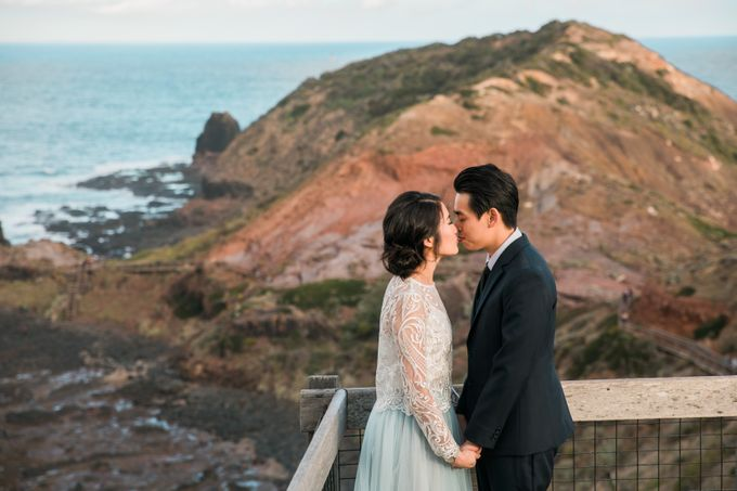 Beach engagement by Lena Lim Photography - 002