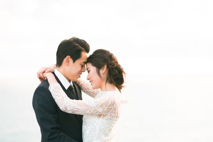 Beach engagement by Lena Lim Photography - 011