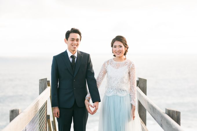 Beach engagement by Lena Lim Photography - 004