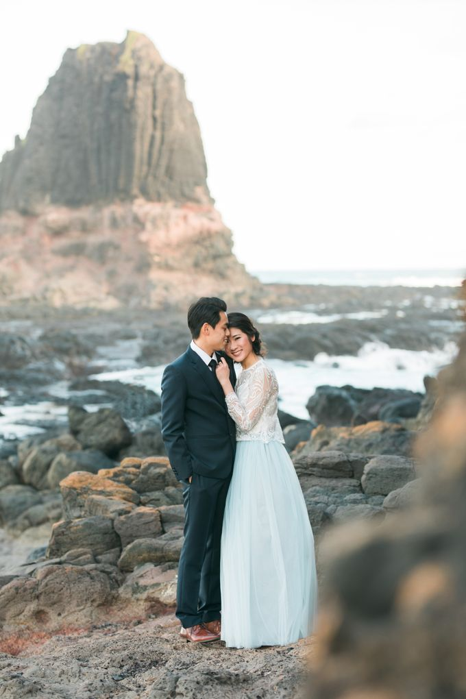 Beach engagement by Lena Lim Photography - 005