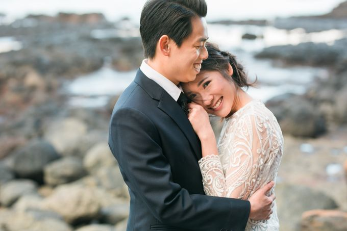 Beach engagement by Lena Lim Photography - 007