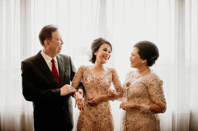 Wedding Reception at Pondok Indah Golf by Yoga Septa Make Up Artist - 015