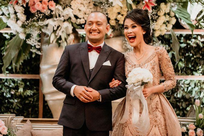 Wedding Reception at Pondok Indah Golf by Yoga Septa Make Up Artist - 020