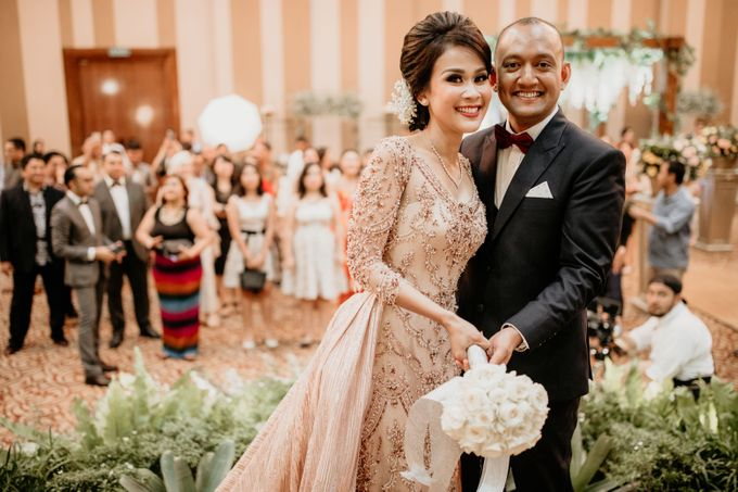 Wedding Reception at Pondok Indah Golf by Yoga Septa Make Up Artist - 022