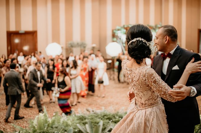 Wedding Reception at Pondok Indah Golf by Yoga Septa Make Up Artist - 023