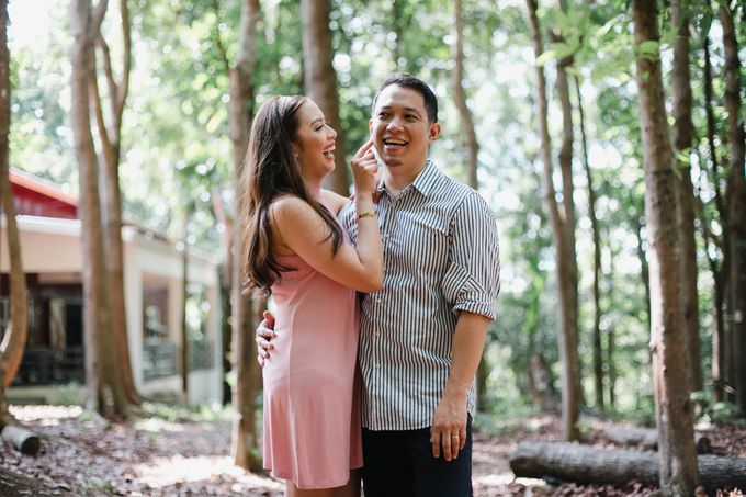 Oliver & Sally - The Forest Barn Engagement Session by Mot Rasay Photography - 004