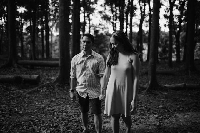 Oliver & Sally - The Forest Barn Engagement Session by Mot Rasay Photography - 002