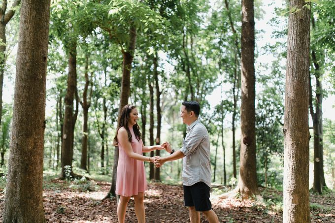Oliver & Sally - The Forest Barn Engagement Session by Mot Rasay Photography - 013
