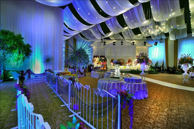 Beautiful Wedding Light of Nurina & Kenny by Etcetera Lighting - 004