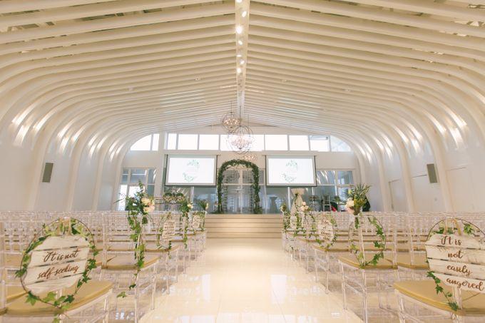 Wedding Day at The Chapel at Imaginarium by Flora Artisan - 002