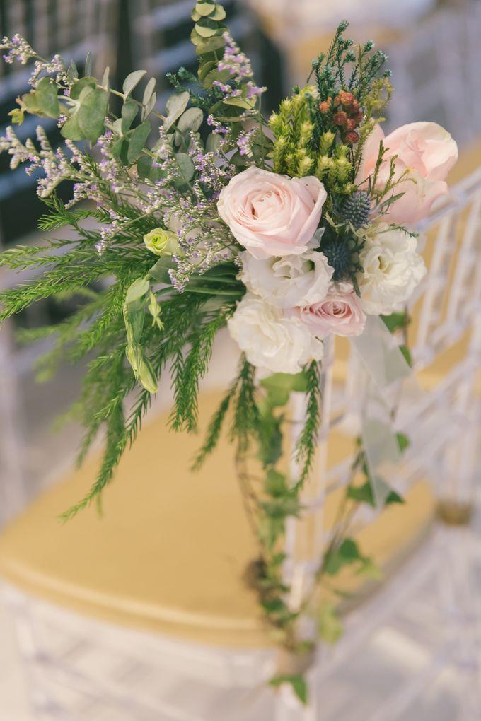 Wedding Day at The Chapel at Imaginarium by Flora Artisan - 006