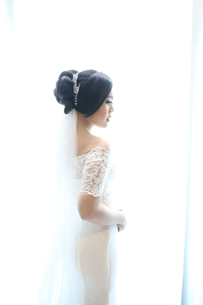Sunlake Hotel - Yustomo & Errita Wedding by Impressions Wedding Organizer - 015