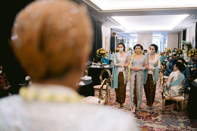 Karina & Sona Wedding by Akuwedding - 012