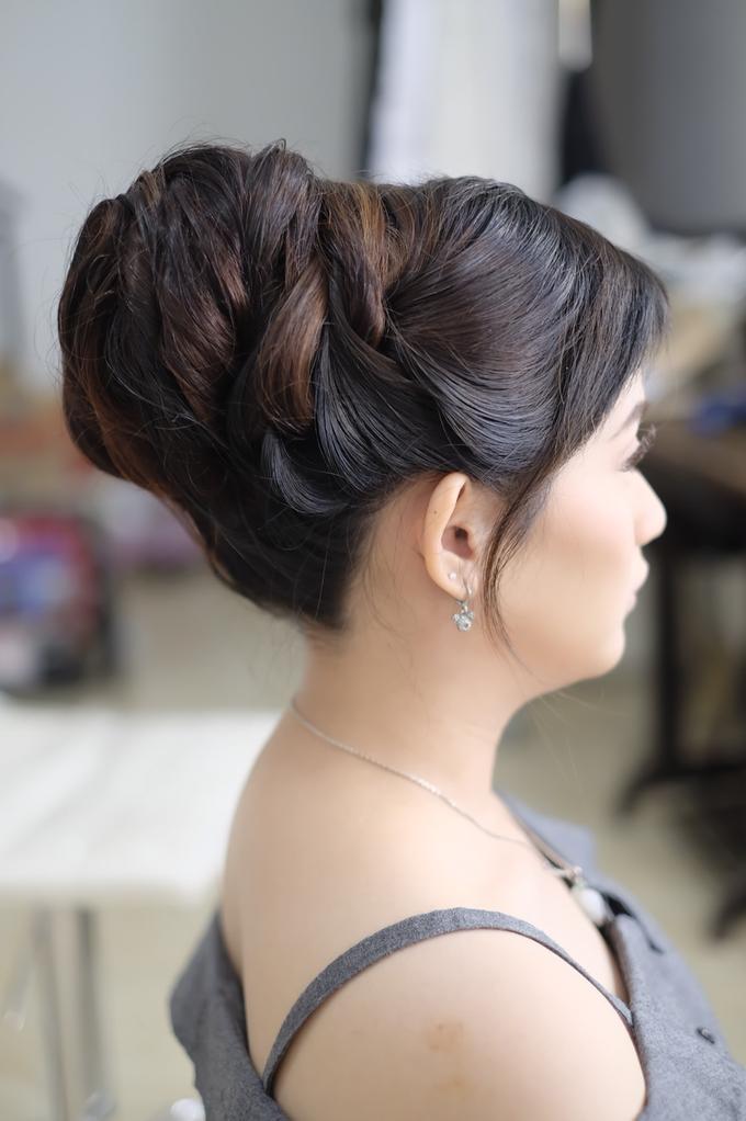 Hairdo Wedding By Sandra Bridal And Makeup Academy Bridestory Com