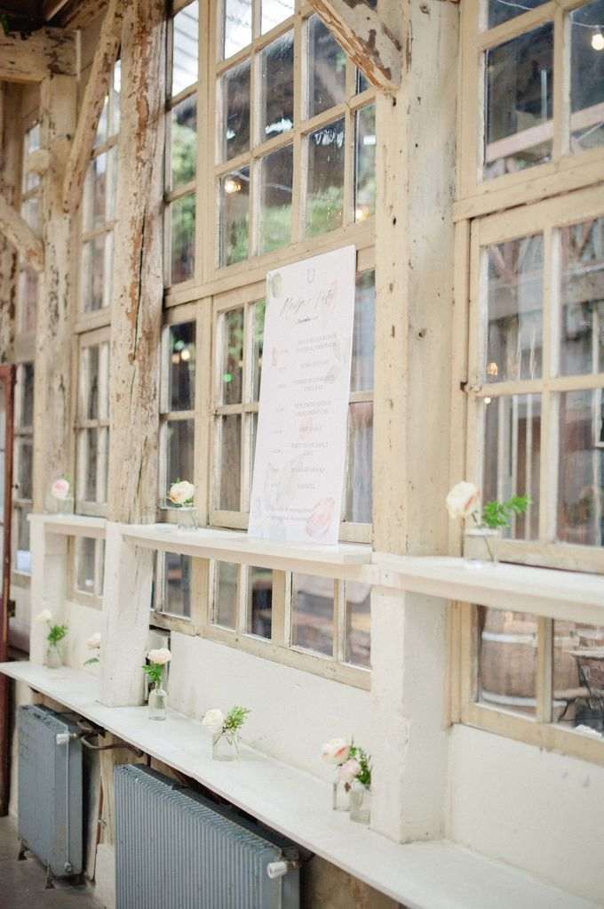 Unconventional wedding party in Paris by Xenia Motif Creative Studio - 002