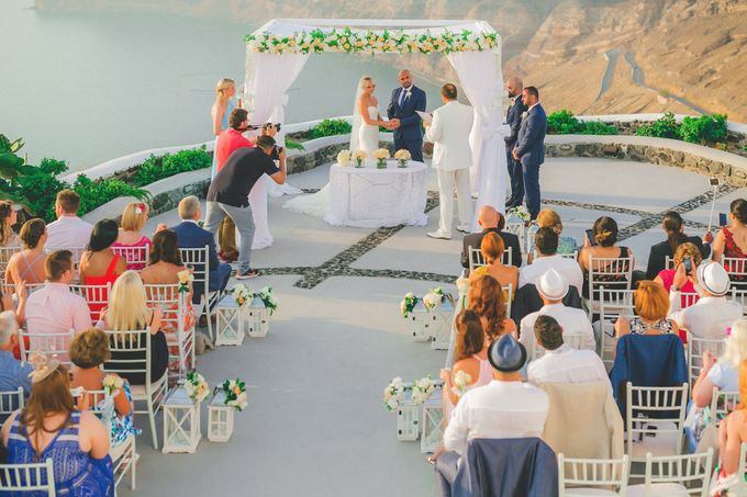 Romantic elegant wedding in Santorini by MarrymeinGreece - 001