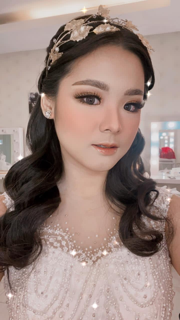 Explore Makeup by Bright by Maria Damayanti - 004