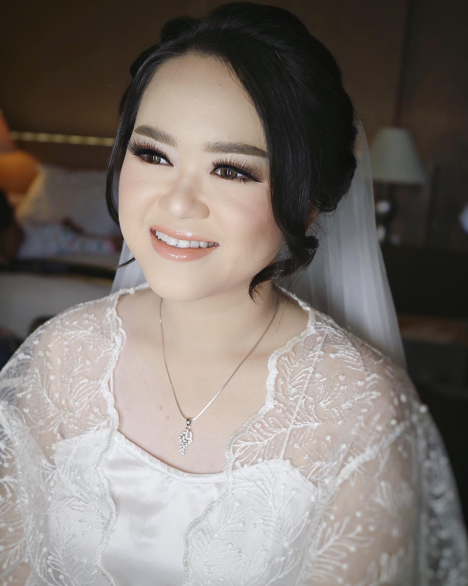 The Wedding of Winda & Adi by SARA ROSE Makeup Artist - 004