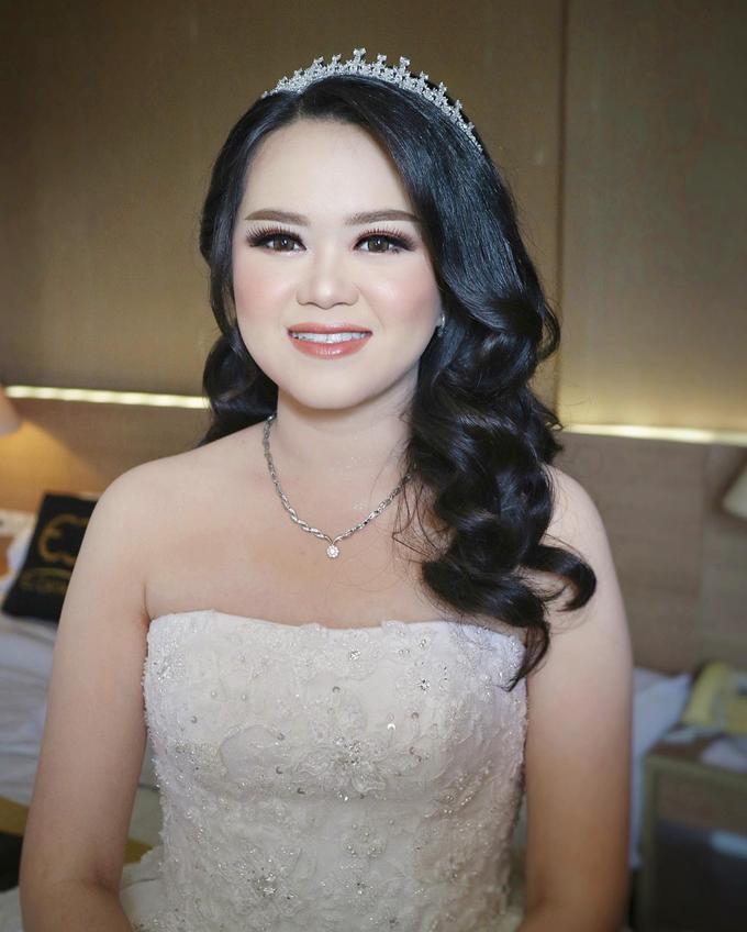 The Wedding of Winda & Adi by SARA ROSE Makeup Artist - 006