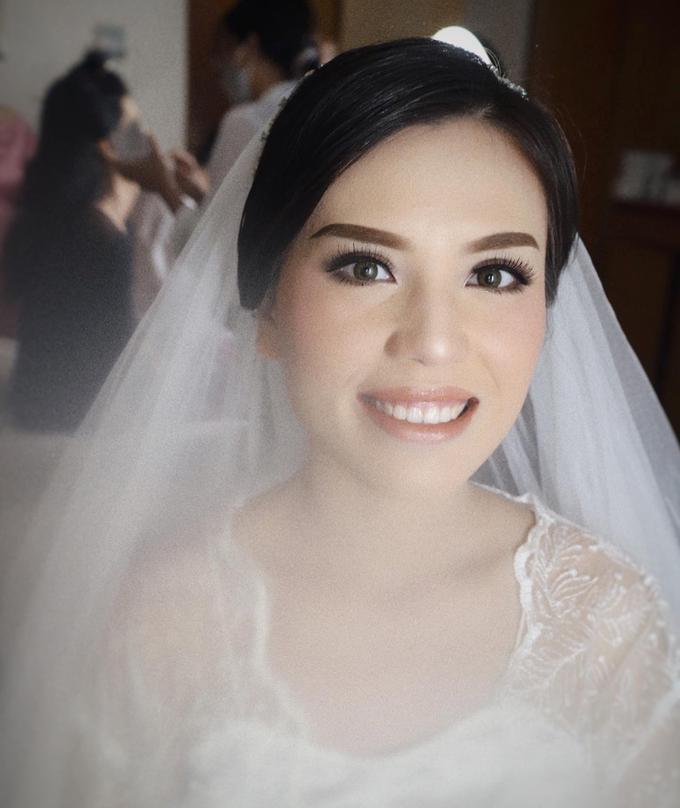 The Wedding of Loli & Mangasi by SARA ROSE Makeup Artist - 004