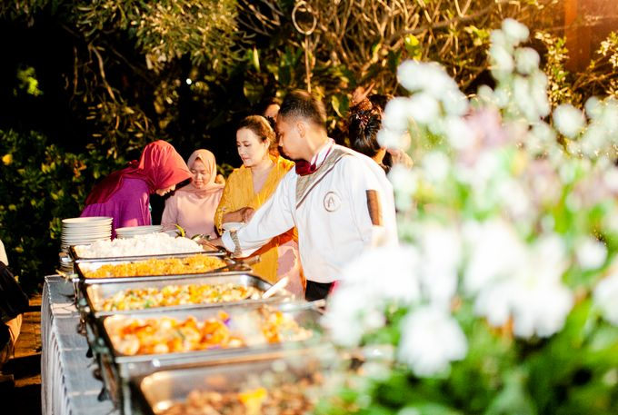 Intimate Wedding Sarah & Deo by Cateringky - 007
