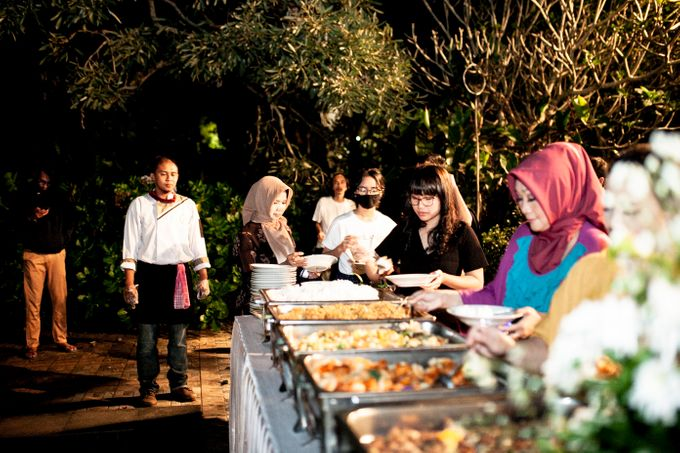 Intimate Wedding Sarah & Deo by Cateringky - 008