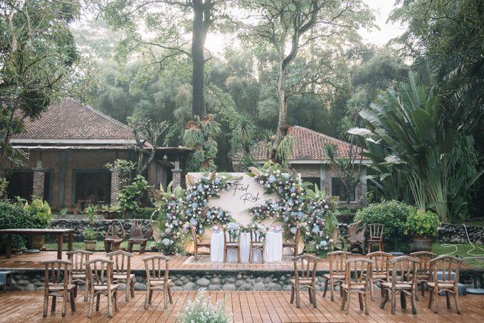 The Intimate Wedding Of Rizka & Farid by Armadani Organizer - 027