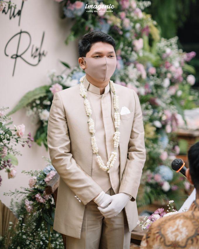The Intimate Wedding Of Rizka & Farid by Armadani Organizer - 011