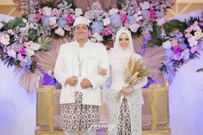 The Intimate Wedding Of Dzi & Ratno by Armadani Organizer - 026