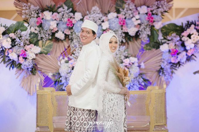 The Intimate Wedding Of Dzi & Ratno by Armadani Organizer - 019