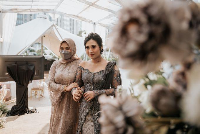Savira & Naufal Engagement by Akuwedding - 003