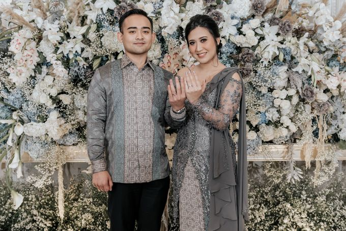 Savira & Naufal Engagement by Akuwedding - 002