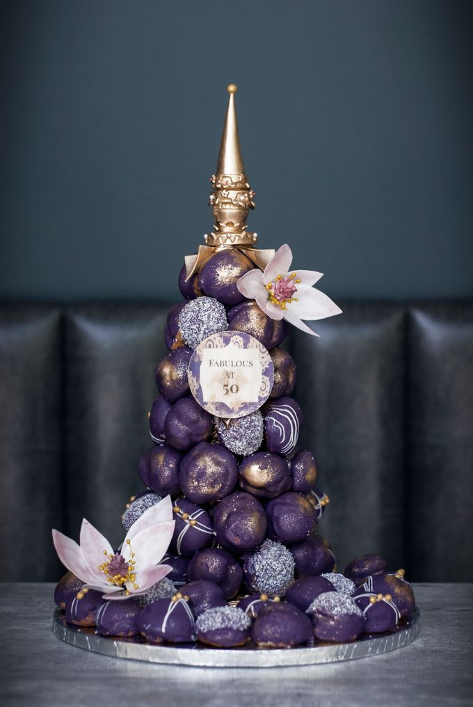 Wedding CROQUEMBOUCHE -Cream Puff Tower by Pulse Patisserie - 026