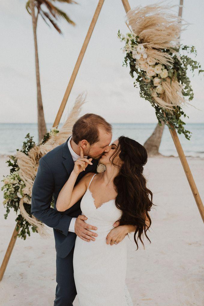 Samantha & Adam Elopement Wedding by Jennifer C  Wedding & Event Agency - 019