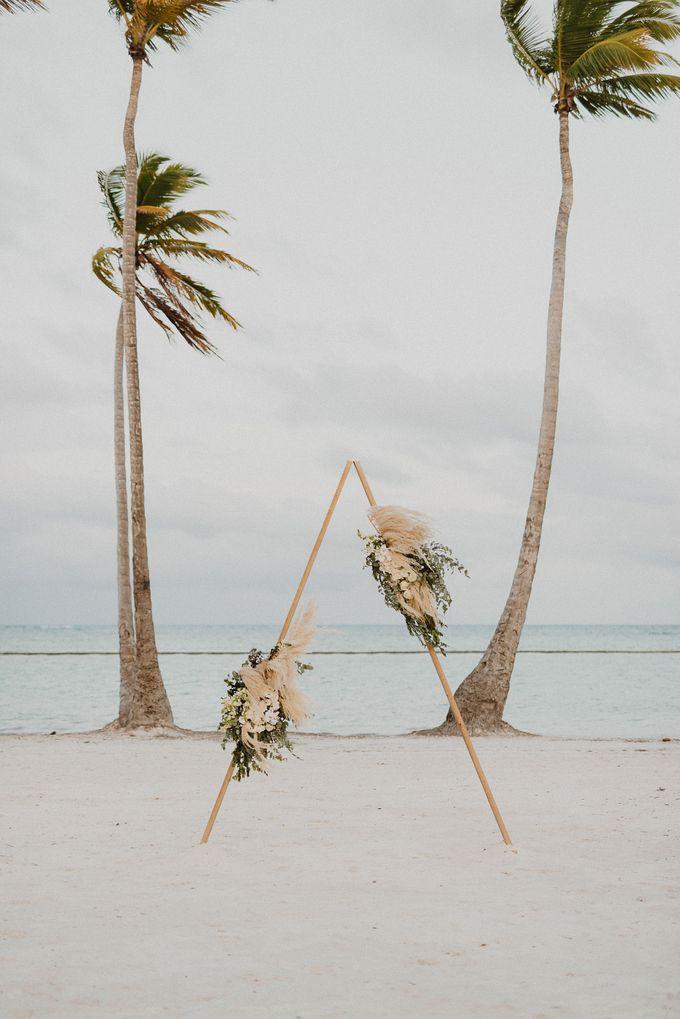 Samantha & Adam Elopement Wedding by Jennifer C  Wedding & Event Agency - 021