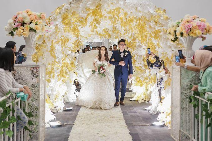Wedding Of Shandy & Christine (Green) by Ohana Enterprise - 010