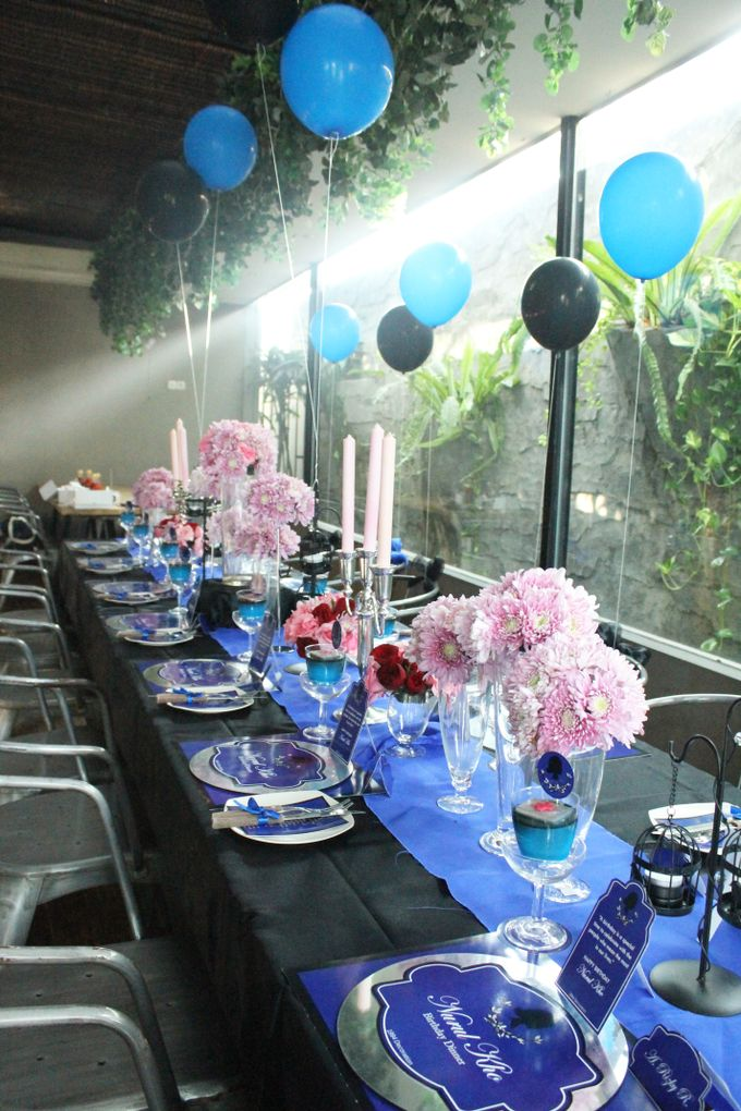 Nurull's Electric Blue Birthday Lunch by 1994 Decoration - 007