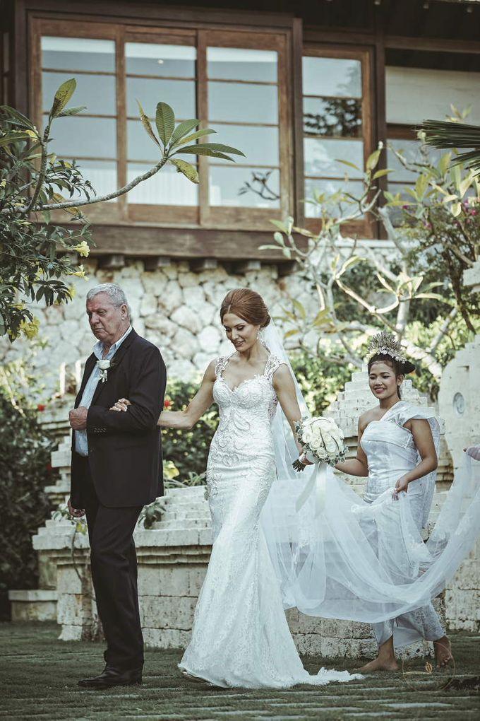 Scott & Brooke Wedding by Only Mono - 009
