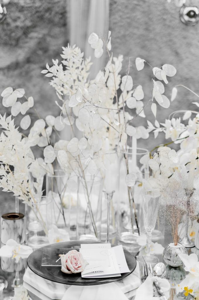 Romantic Contemporary by Designmill co. - 007