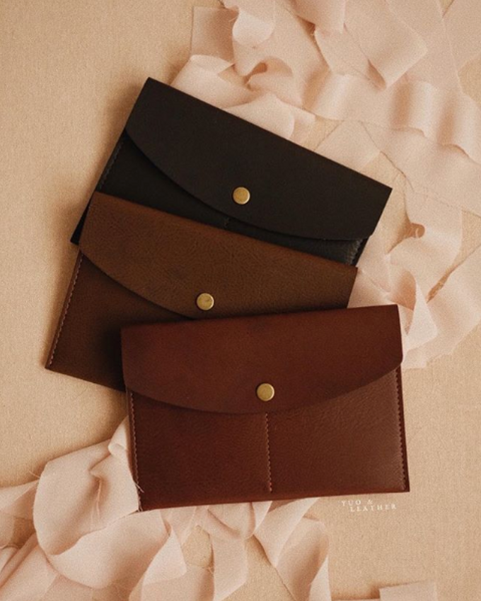 Eric and Evellyn Passport Wallet by Yuo And Leather - 001