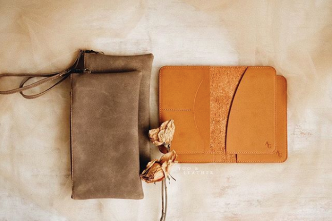 Anton & Gladys Simple Pouch and Passport Case by Yuo And Leather - 001