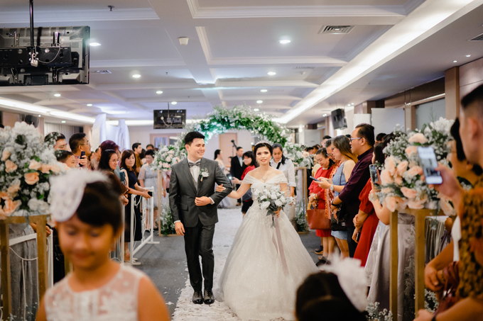 THE WEDDING OF YOHANES & VERONICA by Cerita Bahagia - 008