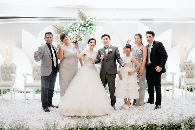 THE WEDDING OF YOHANES & VERONICA by Cerita Bahagia - 011