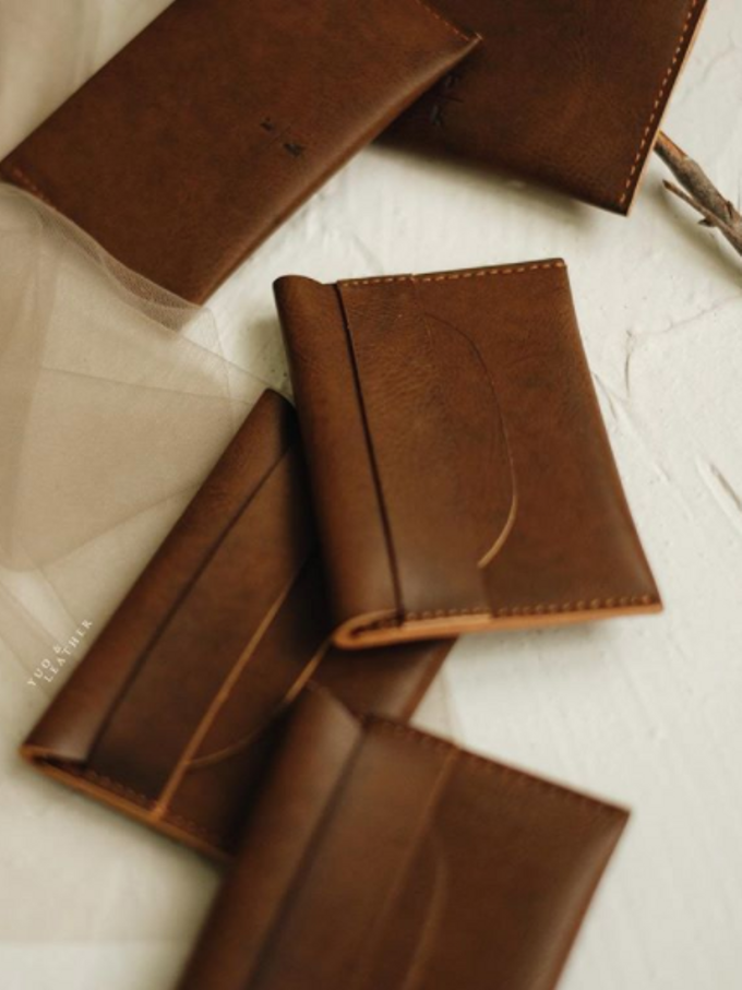 Roy & Katherine Card Holder by Yuo And Leather - 003